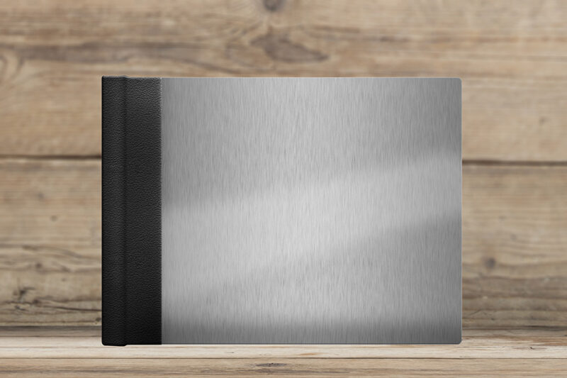 photoalbum with brushed aluminum cover