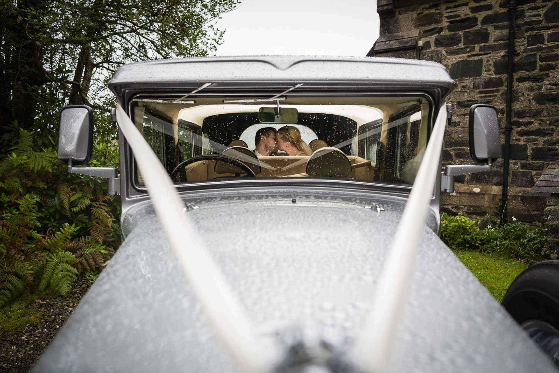 Edinburgh Wedding Photographer and Videographer Scotland - Newly-weds kiss